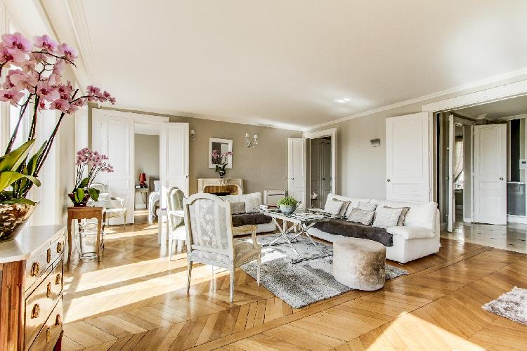 well-appointed Champs Elysées - Matignon Penthouse luxury apartment