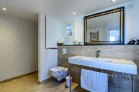 spic-and-span bathroom in Saint Barth Villa Lagon Rose luxury holiday home, vacation rental