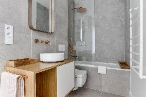 nice lavatory in Notre Dame - Fleurs luxury apartment