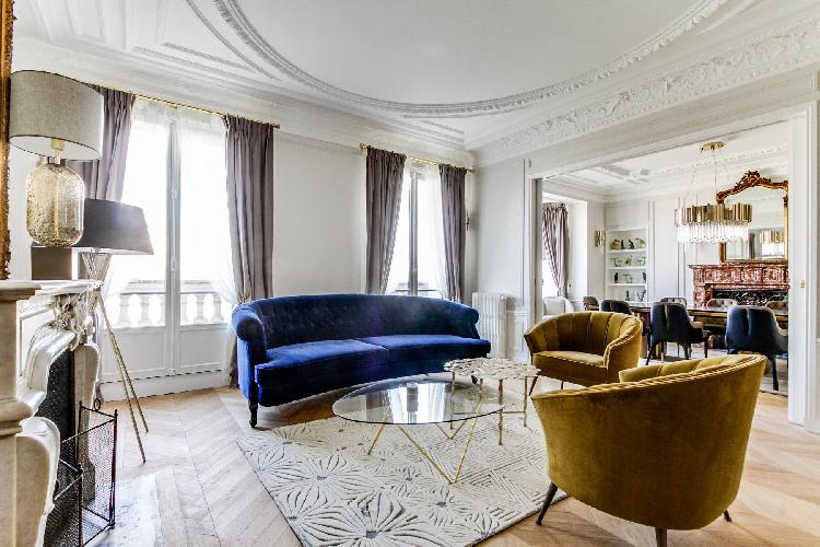fabulous Notre Dame - Fleurs luxury apartment and holiday home