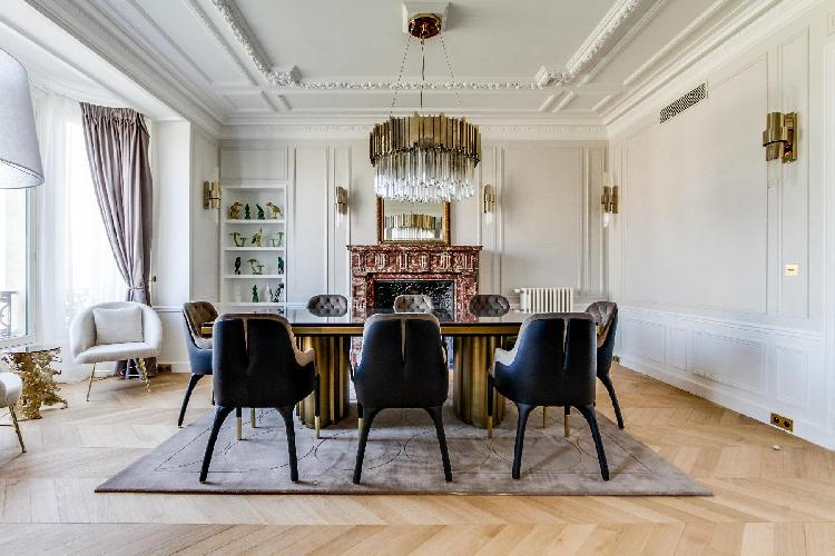 fabulous dining room of Notre Dame - Fleurs luxury apartment