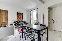 pleasant dining area in Port Royal - Les Gobelins luxury apartment