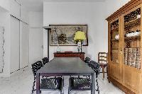 delightful dining room of Port Royal - Les Gobelins luxury apartment