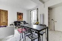 nice dining area in Port Royal - Les Gobelins luxury apartment