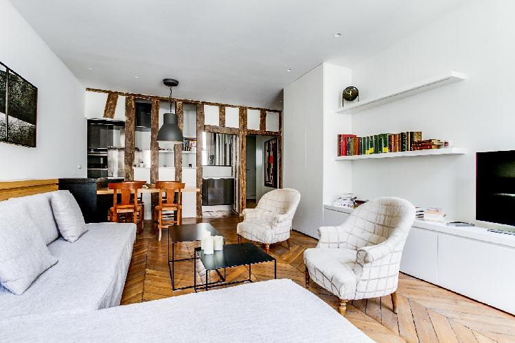 fully-furnished Saint Germain des Pres - Grands Augustins luxury apartment