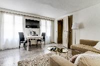 fully furnished Montorgeuil - Argout luxury apartment