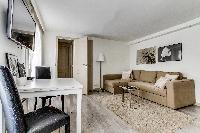 nice furnishings in Montorgeuil - Argout luxury apartment