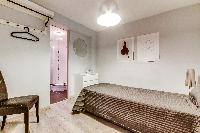 nice bedroom in Montorgeuil - Argout luxury apartment