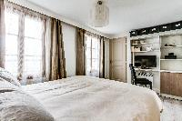 awesome bedroom of Montorgeuil - Argout luxury apartment