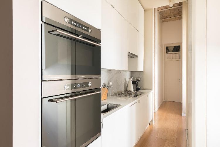 cool modern appliances in Vatican-Prati - Via Plauto luxury apartment