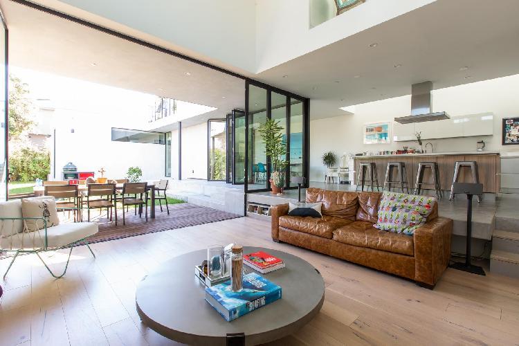breezy and bright Santa Monica Highland Avenue luxury vacation rental
