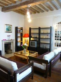 nifty Saint Louis Island III luxury apartment