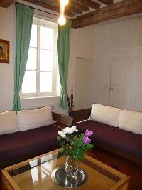 nice sitting area in Saint Louis Island III luxury apartment