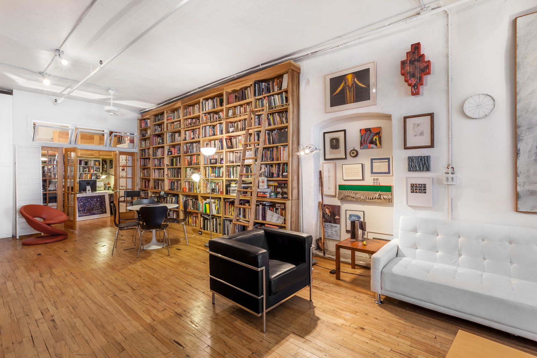 New York - Library Loft