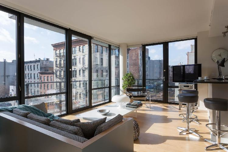 bright and breezy New York Alphabet Place II luxury apartment