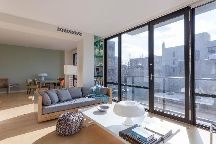 sunny and airy New York Alphabet Place II luxury apartment