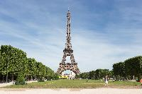 splendid landmarks viewed from Eiffel Tower - Avenue de la Motte-Picquet luxury apartment