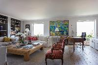 spacious Eiffel Tower - Avenue de la Motte-Picquet luxury apartment
