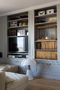 neat accents in Eiffel Tower - Avenue de la Motte-Picquet luxury apartment