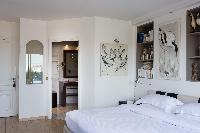 pristine bed sheets in Eiffel Tower - Avenue de la Motte-Picquet luxury apartment
