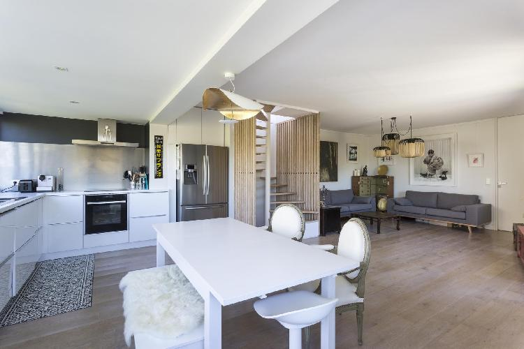 pleasant kitchen of Boulogne - Villa Saïd luxury apartment