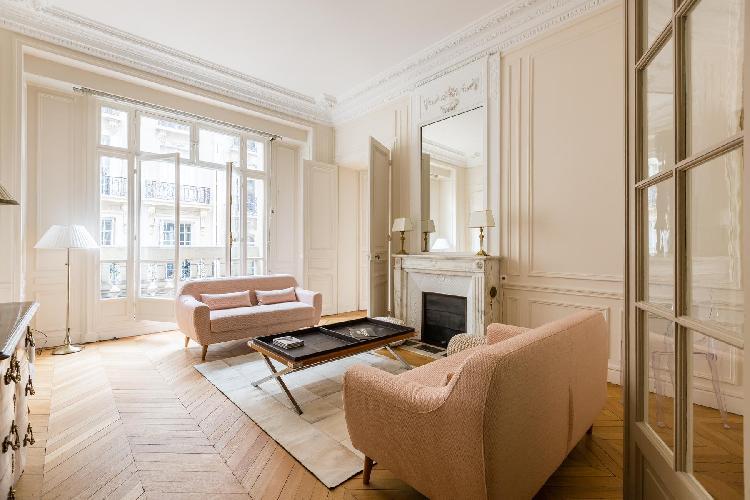 bright and breezy Parc Monceau - Rue de Courcelles IV luxury apartment