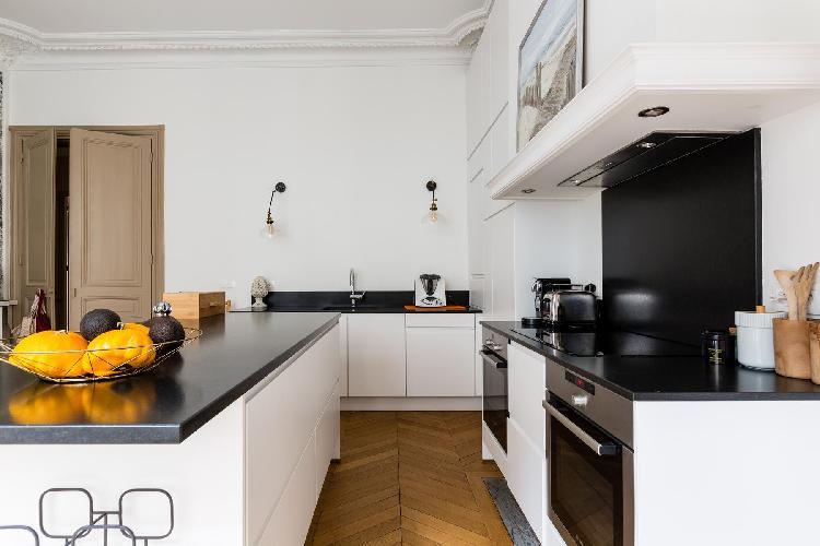 amazing Parc Monceau - Rue de Courcelles IV luxury apartment