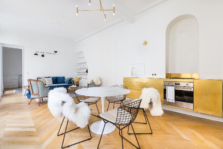 neat Louvre – Opéra - Rue de Caumartin II luxury apartment