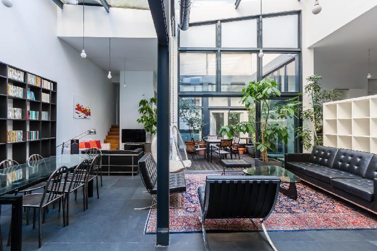 cool multilevel Bastille - Passage de la Bonne Graine luxury apartment