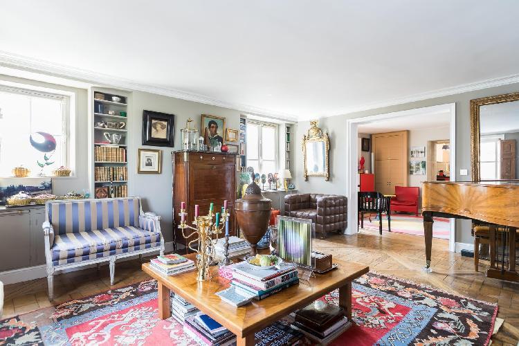neat Saint-Germain-des-Prés - Quai Malaquais luxury apartment
