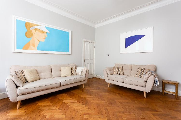 charming living room of London - Northumberland Mansions luxury apartment