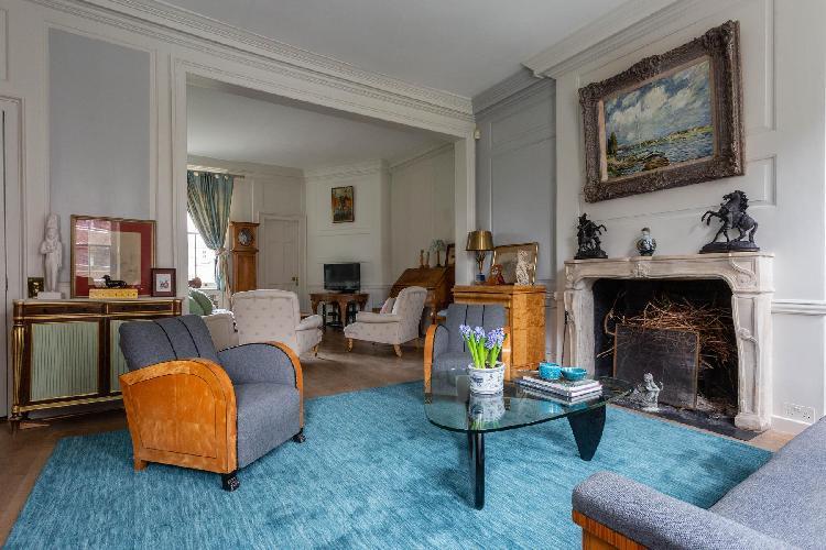 spacious London - Ebury Street luxury apartment