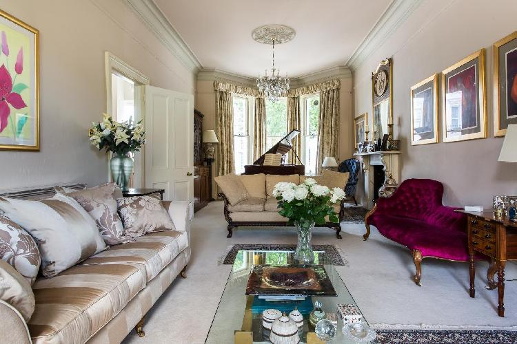 fabulous Notting Hill - Elgin Crescent VIII luxury apartment, holiday home, vacation rental