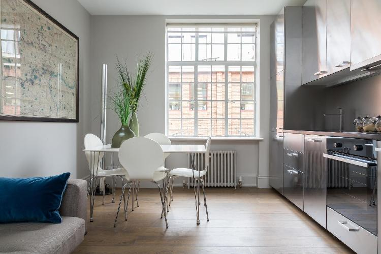 airy and sunny Chelsea - Chelsea Manor Street V luxury apartment