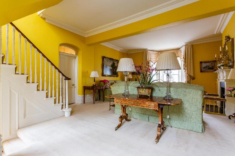 pleasant multilevel Holland Park - Portland Road II luxury apartment