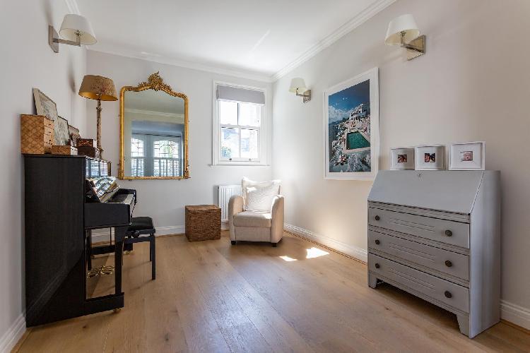 snug Fulham - Rosebury Road luxury apartment