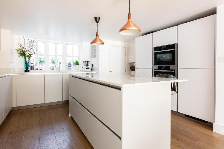 modern kitchen of Fulham - Rosebury Road luxury apartment