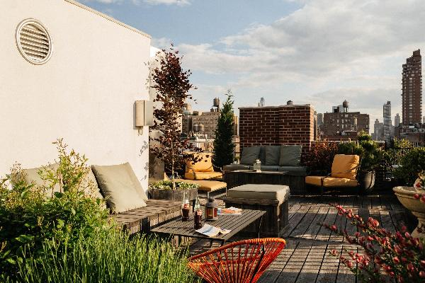 New York - Columbus Terrace