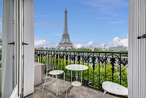 splendid Tour Eiffel - New York Penthouse luxury apartment and holiday home