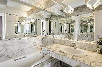 awesome bathroom interiors of Tour Eiffel - New York Penthouse luxury apartment