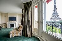 awesome view of the Eiffel Tower from Tour Eiffel - New York Penthouse luxury apartment