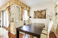 delightful dining area in Trocadéro - Poincaré 3 Bedrooms I luxury apartment