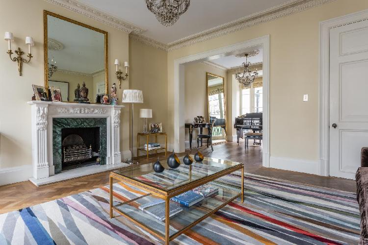 pleasant living room of Belgravia - Eccleston Street III luxury apartment