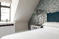 breezy and bright Kensington Church Street VIII luxury apartment