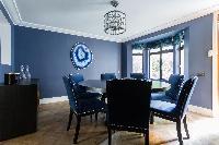 cool dining area in Kensington Church Street VIII luxury apartment
