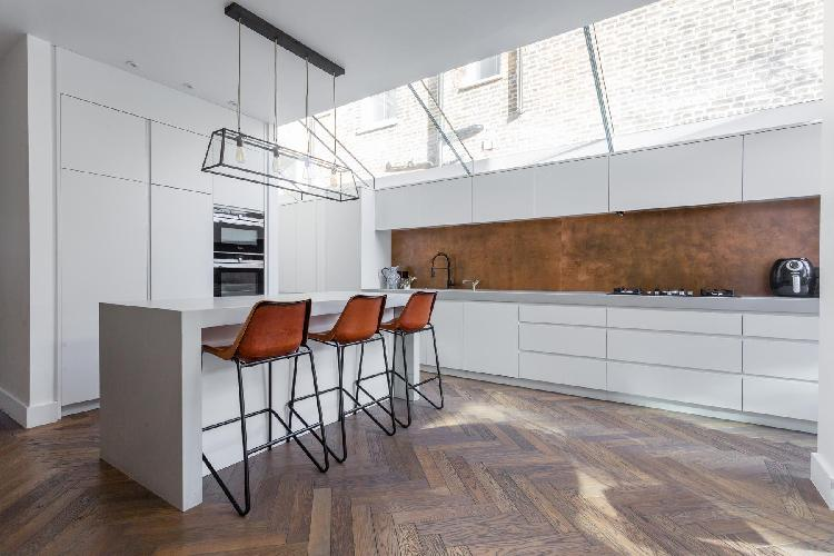 cool glass ceiling of Queen's Park - Okehampton Road luxury apartment
