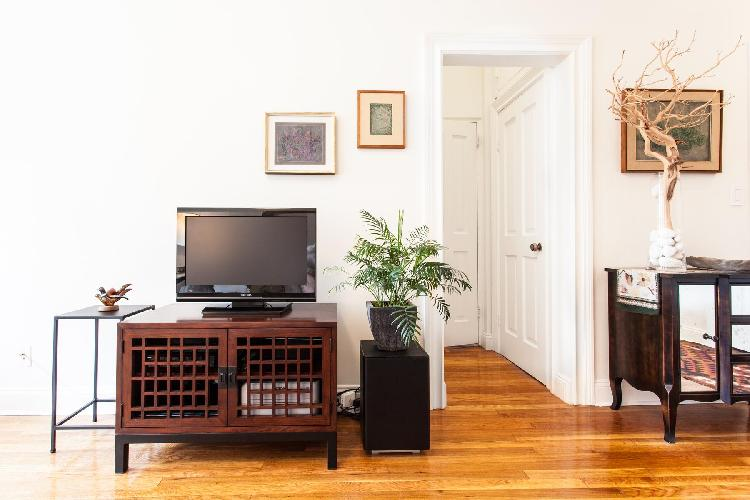 fully furnished New York Central Park East luxury apartment