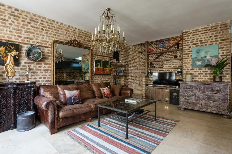 chic Knightsbridge - Ovington Mews luxury apartment, holiday home, vacation rental