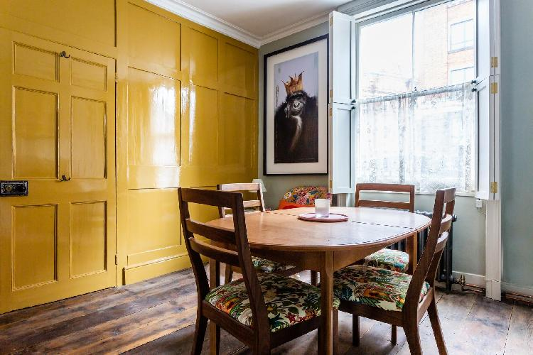 cool dining area in Marylebone - Shouldham Street II luxury apartment
