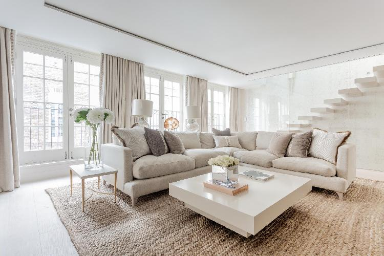 sunny and airy Belgravia - Eaton Mews South luxury apartment